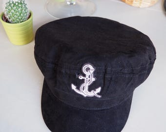 Black newsboy cap & sailor pattern