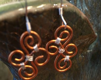 Earring set of twisted copper