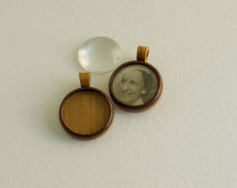 NO laser woodcraft pendant blanks - Walnut and cherry - 25.5 mm Cavity - (Z253c-WC) - Organic Bail - Set of 2