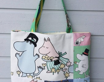 Large tote shopping bag shoulderbag with Moomin Mamma Moomin Pappa