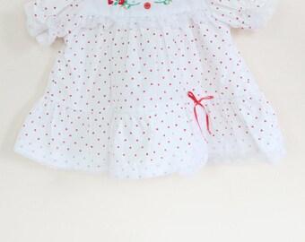 Vintage Baby Dress / Vintage Red Heart Dress  / Vintage Heart Dress / Size 0-3 Months