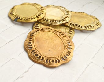 Two Raw Brass Vintage Settings for 18x13mm Cabs (14-14-2)