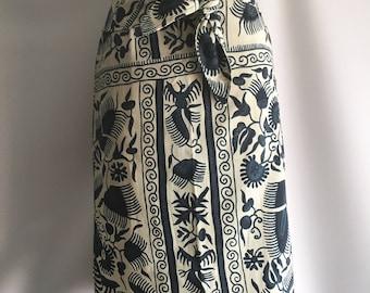 Vintage Skirt Ellen Tracy XS Batik Style Print in Blue and White Tropical Resort Wear Matching Belt Tie Floral Bird