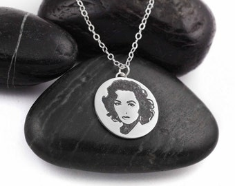 Liz Taylor. Icon. Legend. Beauty. Old Hollywood. Cleopatra. Nostalgia. Cat On A Hot Tin Roof. Pop Culture. Sterling Silver. Necklace.