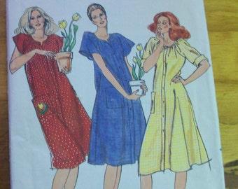 Butterick 3576 Misses Loungewear button front Dress