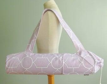 Womens Yoga Gift. Yoga Mat Bag. Lilac Purple Trellis Yoga Bag. Fitness Gifts. Yoga Mat Carrier. Yoga Mat Holder. Yoga Gift for Woman