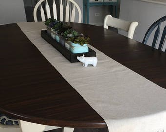 Ruffled Linen Table Runner - Weddings, Receptions, Parties, Dining Table, Buffet