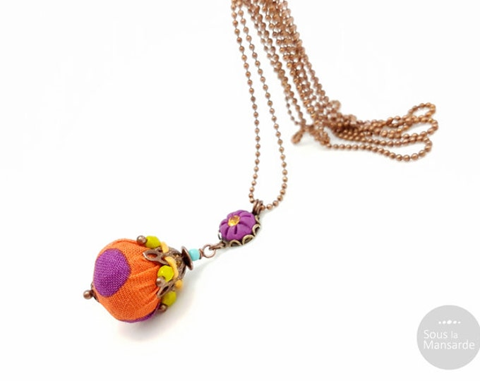 Long necklace purple clay, orange fabric