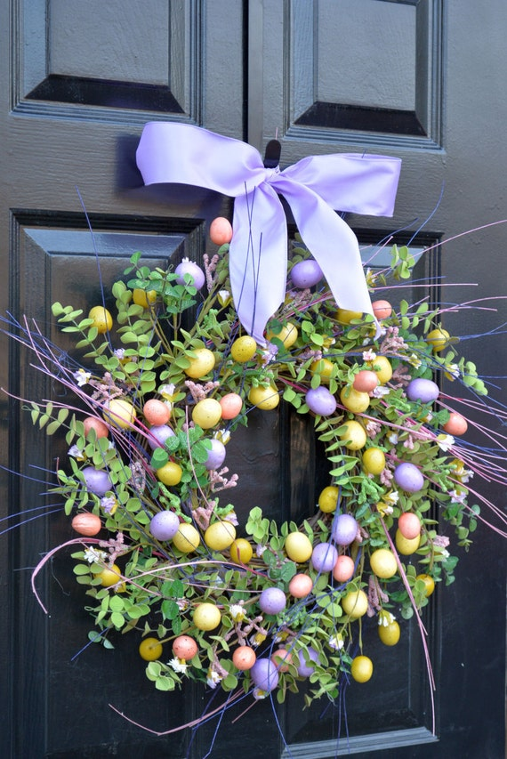 Easter Wreath- Spring Door Wreath- Spring Wreath- Easter Egg Decor- Easter Decoration- Easter Decor- Spring Decor- Easter Berry Wreath-