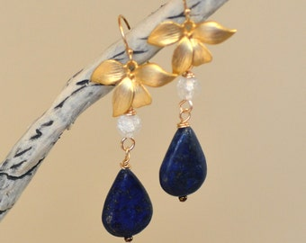 Lapis Lazuli Teardrop Earrings. ARABIAN NIGHTS Navy Blue Lazurite Gemstone Dangles. Flower Earrings.