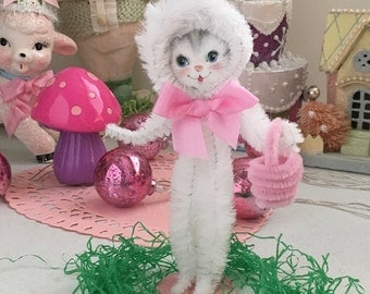 "Vintage Inspired Easter SuGaR SwEeT Spring Keepsake Bunny ""Lucy"""