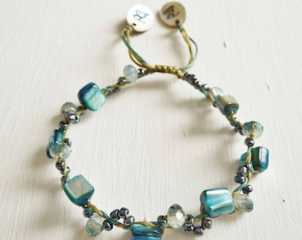 Shell Beads and Faceted Cut Glass Metallic Crystals Beads adjustable friendship bracelet