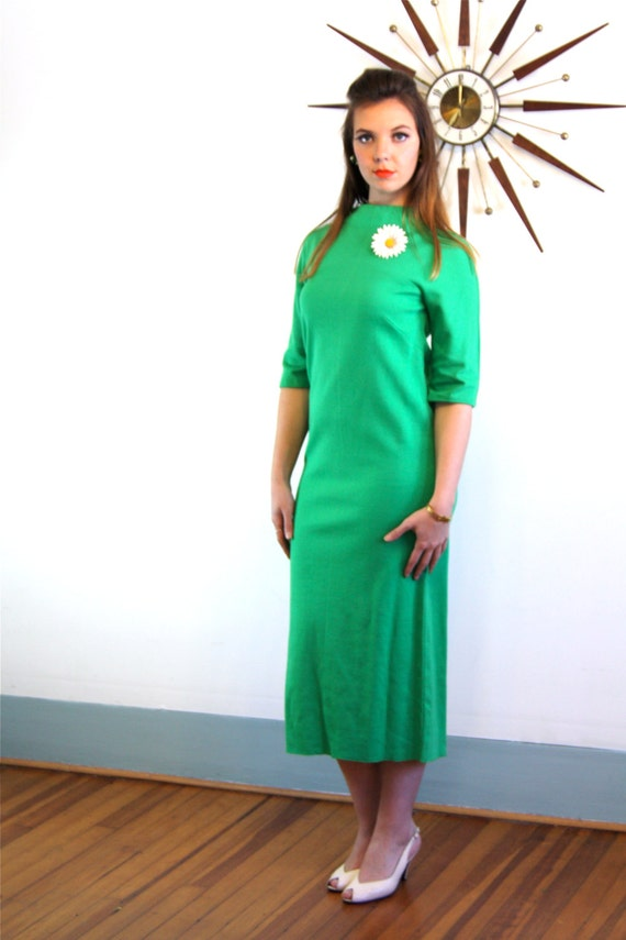 Vintage 60s MAD MEN Mod Sheath Dress Knit Bright Kelly Green Knitwear Three Quarter 3/4 Sleeve Sexy Fitted 1960s Long Wiggle Sweater Dress