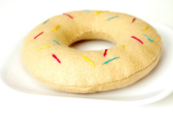 Felt Food- Doughnut with Sprinkles-play food-Childrens toys-Kitchen toys-Soft Toys-Play kitchen toys-Toddler toys-Felt Toys-Toy food