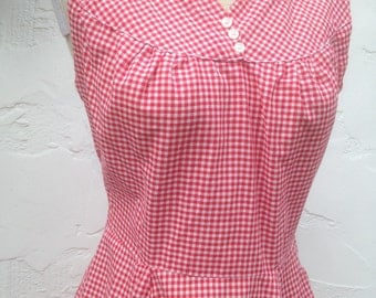 Darling Vintage 40's 50's Red & White GINGHAM Day Dress / Red and White Checkerboard Fabric / Rockabilly Pin Up Dress with Pockets