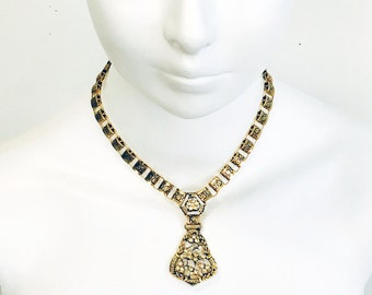 Vintage 1970s-80s Art Deco Style Book Chain Choker Length Pendant Necklace