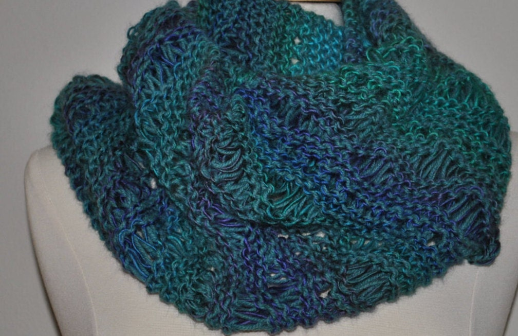 Knit Lace Stitch Scarf : Hand Knitted Lace and Eyelets Drop Stitch Fashion Scarf