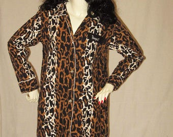 Vintage 60s Leopard Print Sleep Shirt 1960s Nightie Nightgown Night Gown Lingerie The Tonight Shirt 34 bust Cotton Flannel Pajamas Jammies