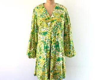 1960s Mod Mini Dress Lime Green Paisley Floral Print GoGo Dress Poet Sleeve L