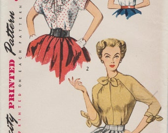 Simplicity 3940 / Vintage 50s Sewing Pattern / Raglan Sleeve Blouse / Size 12 Bust 30