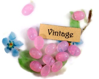 Vintage Oval 7x5mm Cabochons Pink givre Cottage Shabby NOS Shabby chic Pastel (1264B2)