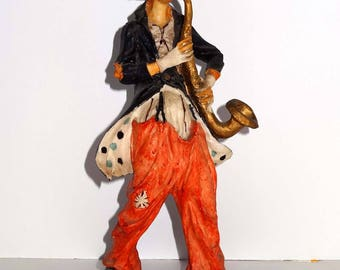 Tall Resin Clown Playing a Saxophone Wood Base Home and Garden Collectibles Figurines