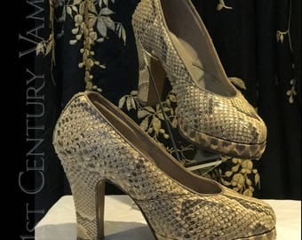 RESERVED Fabulous 1940s Snakeskin Shoes CC41. Platform. Pinup. WW2. UK5.5 / US7.5 / EU 38.5