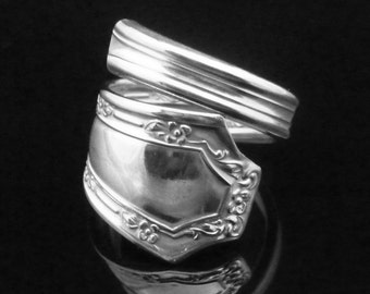 Sustainable Fashion Jewelry, Eco Friendly Ring, Floral Spoon Ring, Alpha 1915