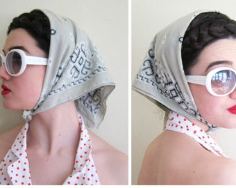 Vintage 1960s  Beige Bandana 13960 / 60s Color Fast Southwestern Print Bandana Head Scarf Kerchief