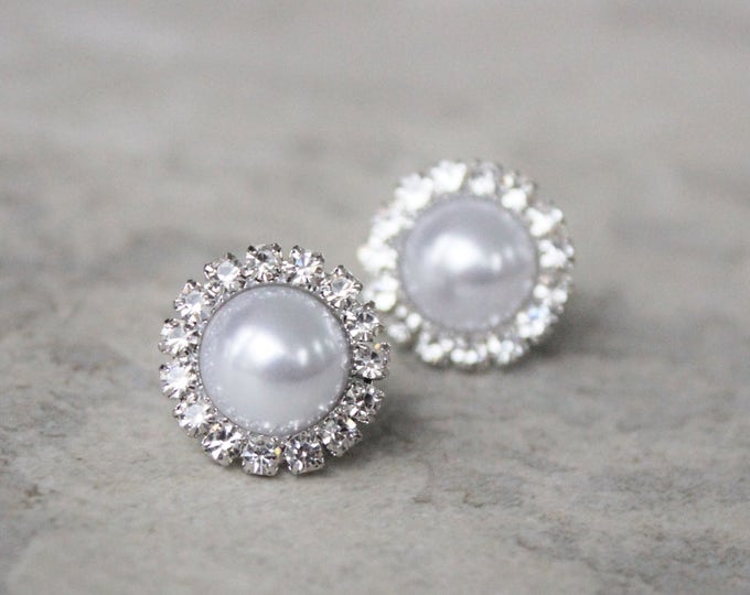 White Pearl Earrings, Pearl Bridesmaid Earrings, Bridal Earrings, Wedding Jewelry, Pearl Bridesmaid Jewelry, White Pearls