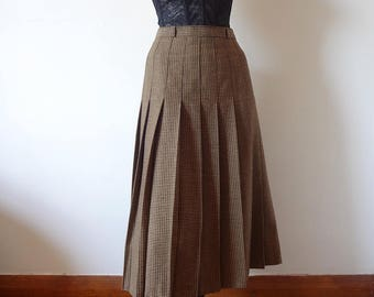 1980s Pleated Skirt vintage houndstooth plaid wool blend a-line