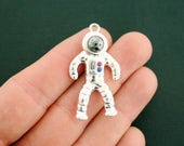 Astronaut Charm Antique Silver Tone and Enamel 3D - SC6809B NEW5 EXC1