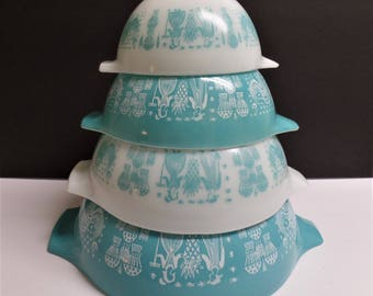 Vintage Pyrex Amish Butterprint Cinderella Nesting Mixing Bowls set of 4 turquoise white
