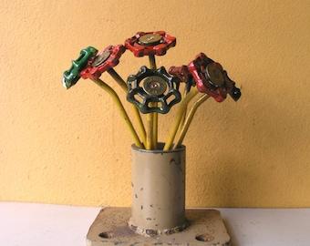 Black metal flower Indoor outdoor garden flower stake table art mom gift vase filler office art boss gift junk flower steampunk
