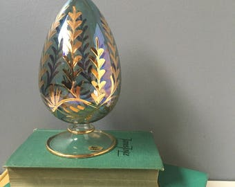 Bohemian blown glass egg - made in Egypt - vintage decorative glass accessory