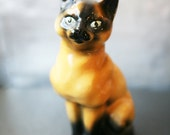 Vintage Ceramic Cat Figurine / Vintage Siamese Cat
