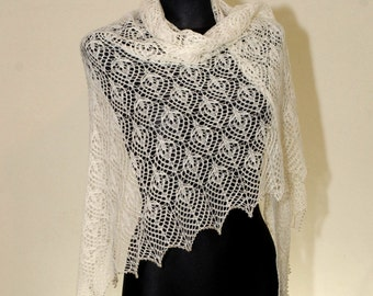 Wedding Lace Shawl, Hand Knitted Lace Shawl, Ecru Lace Shawl, Wedding Off White, Triangular Lace Shawl