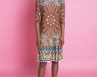 Vintage 1970s Boho Drop Waist Midi Dress w/ Tribal Ethnic Kaleidoscope Print | small medium