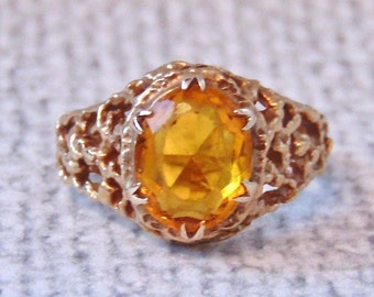 Vintage Golden Citrine Solitaire Ring in 9K Yellow Gold, Nugget Style