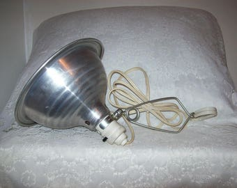 Vintage Industrial Lighting Aluminum Clip on Shop Lamp Only 12 USD
