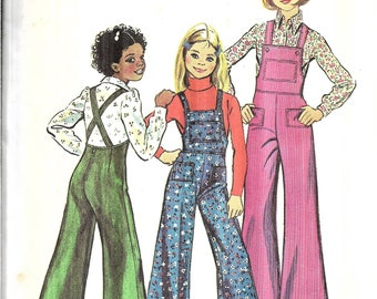 Vintage 1970s Girls Bell Bottom Bib Overalls Sewing Pattern, Suspender Pants Pattern, Overalls with Straps, Size 7, Chest 26 Inches