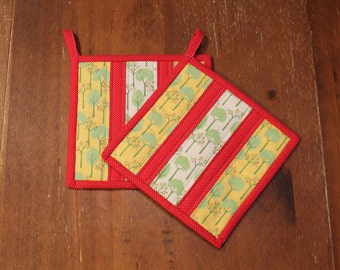 Quilted Pot holder Set, Tree Hot pads, Red Yellow Kitchen Decor, Kitchen, hotpad, Gift, trivet