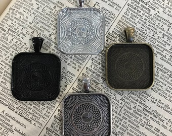 Setting for Necklace Jewelry making 1 inch Pendant Trays blank Silver Plated, Bronze, Copper Black  Bezels  25 mm Photos Charms LEAD FREE