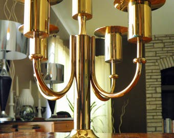 "25% OFF--1950s 5-Place Brass Candelabra by Tommi Parzinger for Dorlyn Silversmiths--9-1/2"" H x 10"" Dia--Removable Coupes--GREAT Condition"