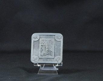 Vintage Metal Belt Buckle, XIII Olympic Winter Games, Lake Placid, 1980, True Distance, Made in USA, Raccoon, Hockey, Skiing, Ice Skating
