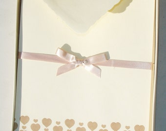 Vintage Heart Stationary - 15 Envelopes Included - 25 Sheets - American Greeting Corp.