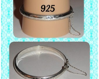Signed Marked Stamped 925 Etched Hinged Bangle Bracelet With Safety Chain