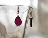 AMORE earrings, recycled glass earrings, red earrings, magenta dangle earrings, asymmetrical earrings, gold earrings, berry earrings, pink