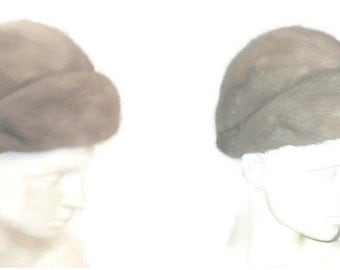 Vintage 1960s Sapphire Mink Fur Hat Saga Mink Brand Silver Grey Mink Hat Sleek Shiny Mink Fur Round Pouf Visor Style Mod S 21 in
