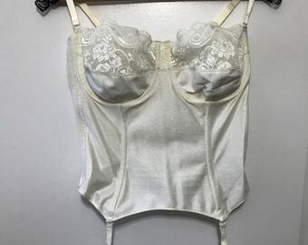 1980's Bridal Basque by Silhouette. Size 42C/95cm